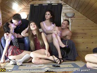 смотреть порно молодые с большими сиськами