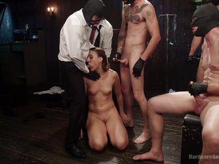 Русское порно в бане групповуха